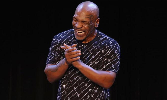 Apuesta en la velada de boxeo entre Mike Tyson y Roy Jones Jr.