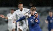 Timo Werner y Militão peleando por un balón en el partido de ida. Cuotas Chelsea vs Real Madrid.