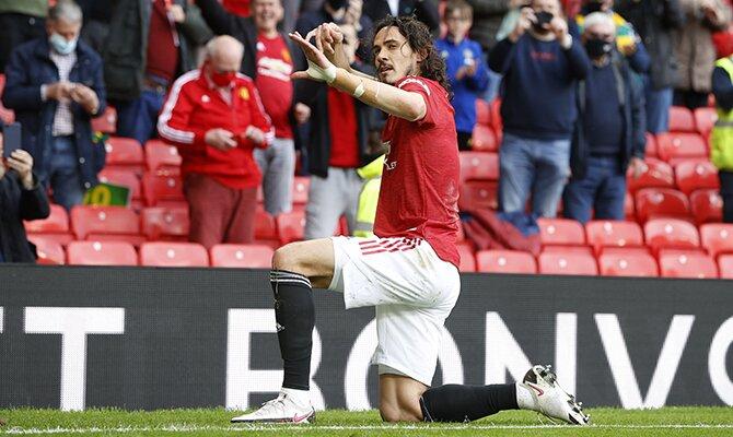 Edinson Cavani celebrando un gol. Final de la Europa League, cuotas Villarreal vs Manchester United.